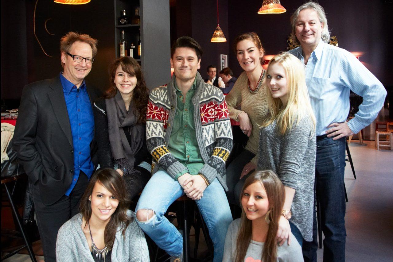 ESOD-Team Fürs Bhf: Von Links, Oben: Detlef Wildermuth, Maja, Julian, Katharina, Sandy, Ulrich Mattner; Unten: Celine, Eli.