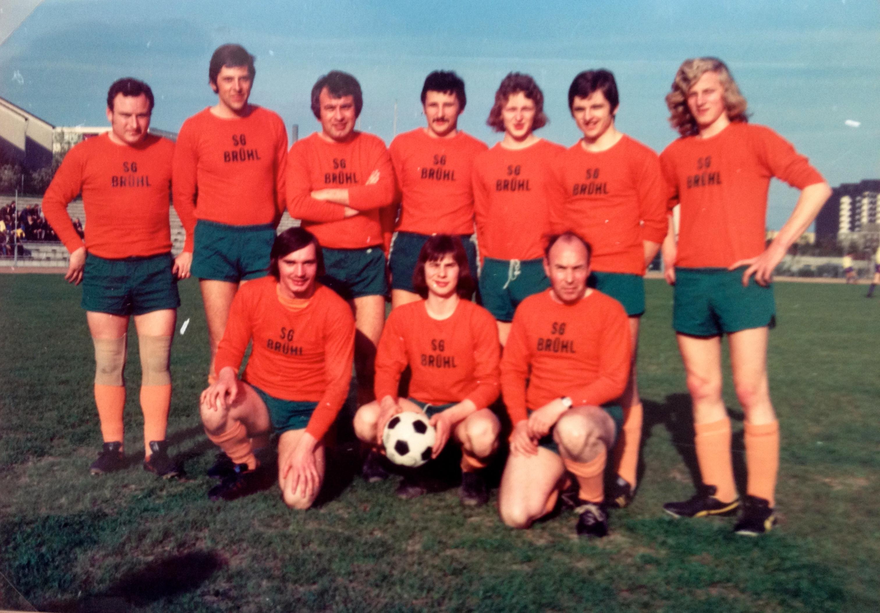 Brühl Mannschaft (Czech Unten Rechts)
