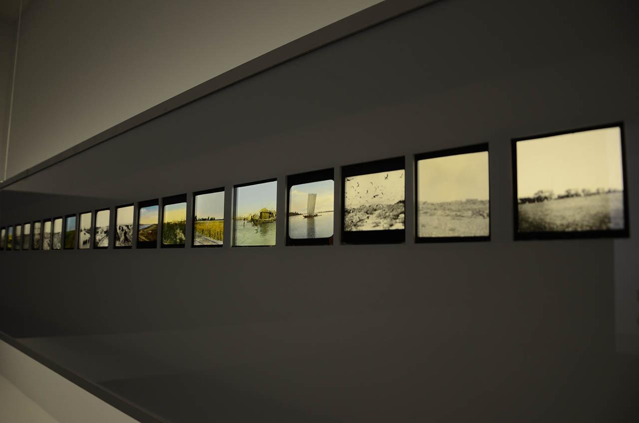 Anreihung Von Bildern Im Raum