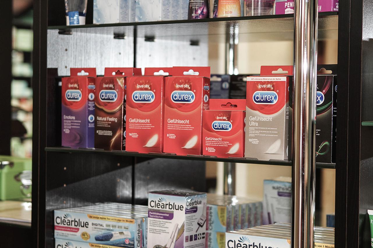 Kondome und Schwangerschaftstests